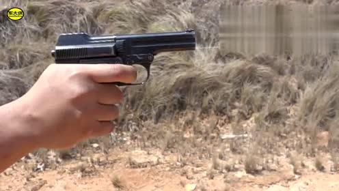 拥有百年历史之久的半自动手枪,像它这样的加弹方式真的很少见!