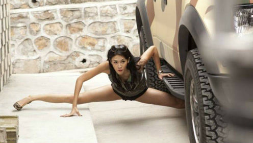 成龙100部功夫片中,腿最长的女打星!