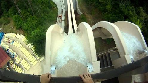 超级刺激的水滑梯,从30层高楼滑下,你敢尝试吗