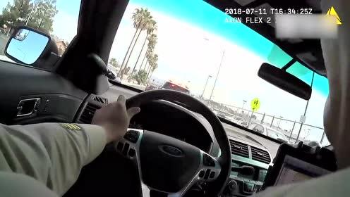 拉斯维加斯警察在追逐车上击毙一名谋杀嫌疑犯