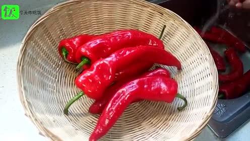 辣椒酱这样的做法, 解馋又美味, 都馋的流口水了