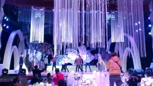 舞蹈生的婚礼就是强大,强大的会给人留下阴影!