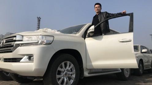 全尺寸SUV界的越野悍将 酷路泽5700中东版