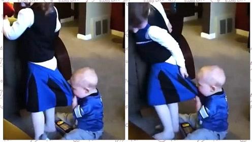 宝宝揪着姐姐的裙子咬,眼看就要扯掉了,接下来一幕网友都炸锅了!