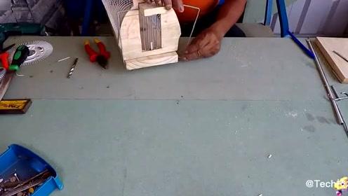 小伙打造一种灵巧的捕鼠器,很实用的发明,让老鼠无处可逃