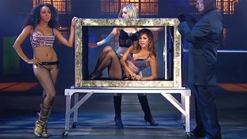 """盒子中的美女竟""""消失""""了!看完现场揭秘后,竟被骗了这么多年!"""