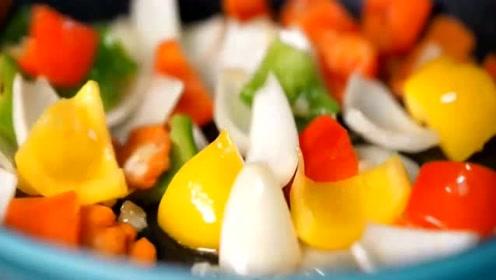 韩式的香肠炒蔬菜,出锅那刻隔壁小孩馋哭了