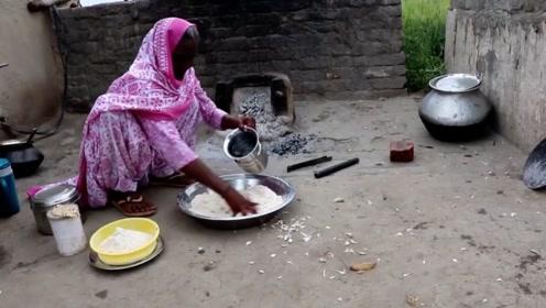 印度奇葩老奶奶,60年没碰过主食,每周吃点香蕉喝点水,没毛病