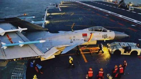 战力一直被美军不屑一顾,歼15飞鲨舰载机真的这么差?别不相信