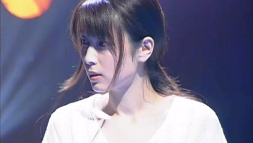 史上颜值最高的女歌手,很多人都不认识她,歌声却温暖你整个童年