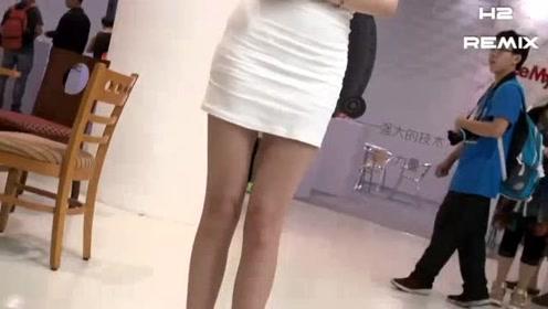 短发车展小姐姐,身材不够丰满但是笑容很甜美,双腿修长!