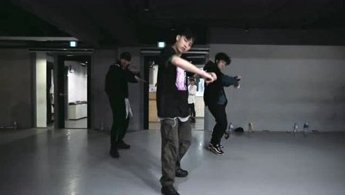 1M舞蹈室Jinwoo Yoon编舞《VOSSI BOP》