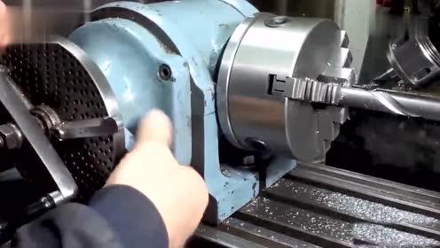 如何用大机床加工一个钻头,机床轨迹得计算很准确