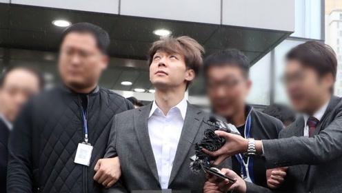 朴有天吸毒宣判日依旧有粉丝支持?中日韩粉丝手持向日葵现场等待