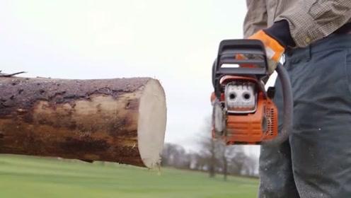 老外发明锯木辅助器,可以将木材举到空中,减少锯木时的危险