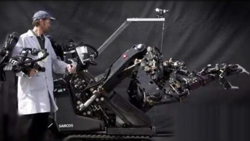 VR控制机器人,能扛900斤重物,抡斧头倒水样样精通