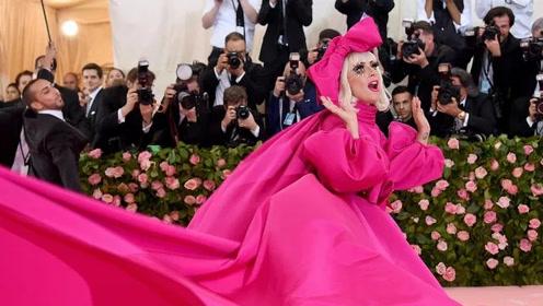 美妆市场成天后们的战场Lady Gaga个人美妆品牌下周推出