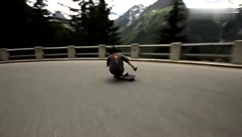滑板:这样的滑板高手根本不需要戴护具!