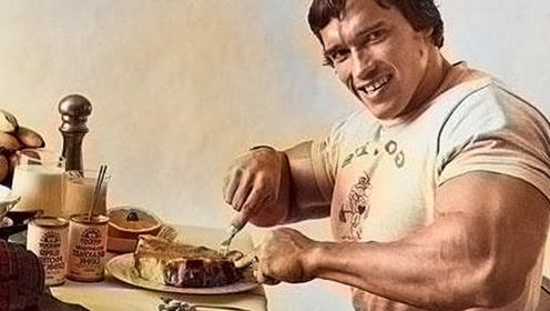 健美运动员一日吃8餐?看到他们的食物,网友:瞬间没有食欲了