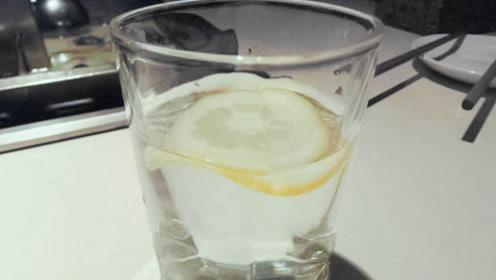 蜂蜜水这4个时候喝效果最好!美容又解乏