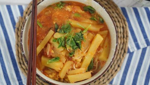 1个西红柿,1个土豆,教你面食新做法,不吃撑不放下筷子