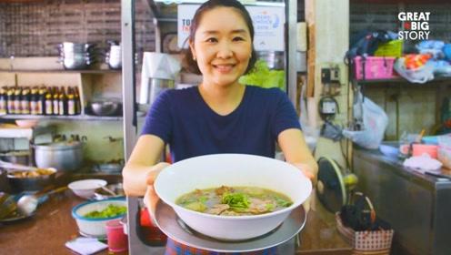 时间的香味!这家泰国传奇餐馆爆红 专卖一锅熬了45年的老汤