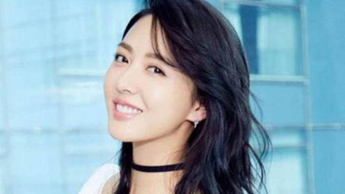 她原来是杨幂的助理,因太漂亮被导演选中,如今和胡歌合作后爆红