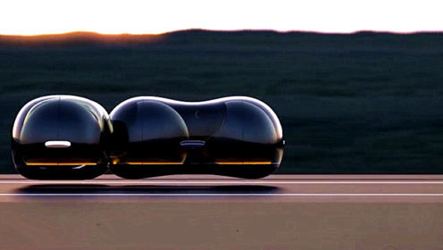 """老外发明最新款的""""花生汽车"""",灵活度极高,还能彼此对接!"""