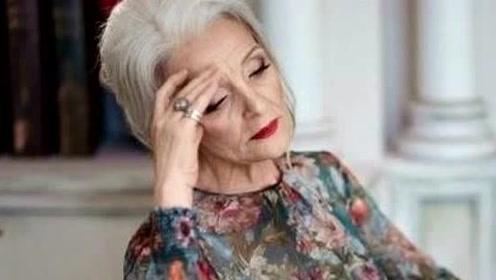 俄罗斯八旬老太太优雅了一辈子 ,精致到每一根头发丝