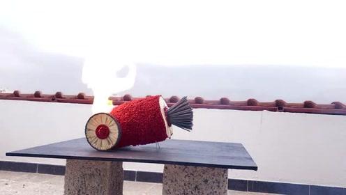 趣味实验:火柴炮车样子好威风,点燃后的多米诺反应会更牛吗