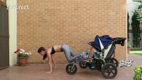 健身辣妈,背着两个宝宝还能练习引体向上