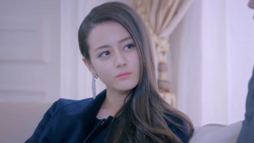 迪丽热巴成立了自己的工作室,看到名字后,杨幂没有白疼她