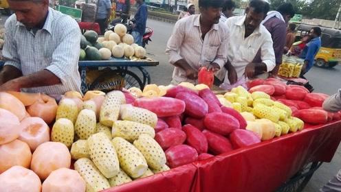 印度小伙造网红小吃,刚一出摊,顾客蜂拥而至,看着都要流口水!