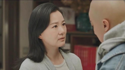 《小欢喜》季杨杨用自己的方式安慰妈妈,一夜之间长大了
