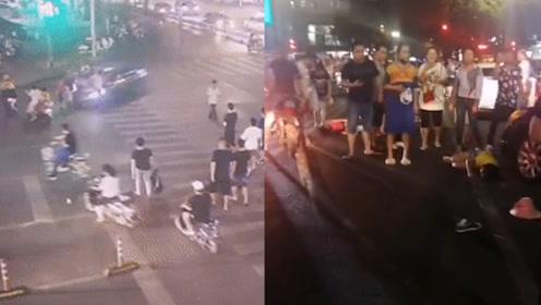 南宁一车辆失控连续冲撞多车多人致2死3伤 事发前追尾的士逃逸