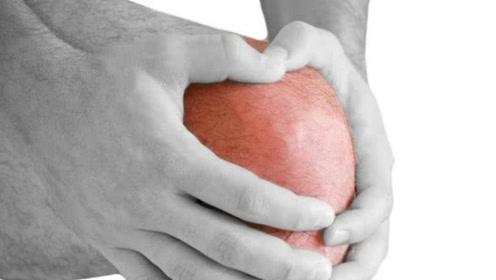 十膝九痛,滑膜炎疼痛难忍?建议先休息,不要给膝盖增加负担