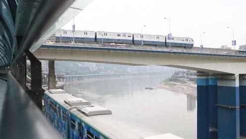 牛角沱轨道换乘站成新网红!游客拍照打卡重庆怪异地形