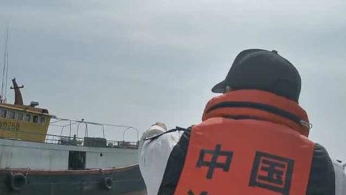 """台风""""白鹿""""即将来袭,渔政海上怒吼:立刻回港避风!"""