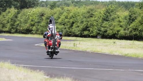 极致战马单轮机车,却连加速都不敢,一不小心就?