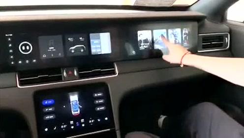 实拍理想ONE,车内大横屏原来还能这样用!