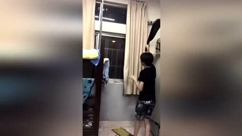 当一只鼠跑到男生宿舍 宿舍遇鼠经历