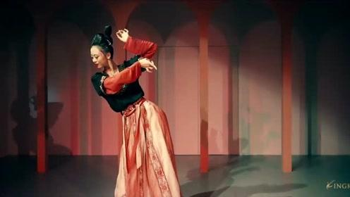 金刚舞蹈思彤老师原创古典舞作品《长相思》——中舞网APP精选