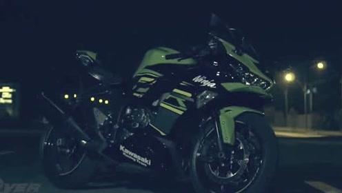 给朋友的川崎拍大片,暗黑川崎ninja1000