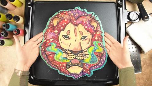 """画家早餐画了一头""""狮子王"""",翻面时超像,这煎饼你有胆量吃吗?"""