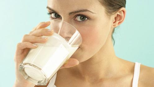早晨常喝牛奶的要留意!为家人再忙也要抽空看看,后悔知道的太晚
