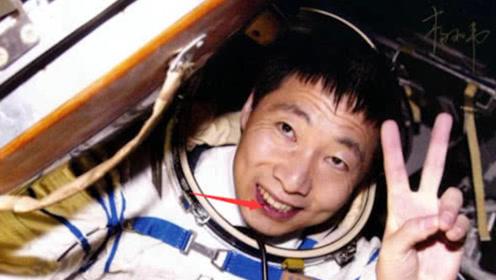 """为何杨利伟返回地球后,国家严禁他再次""""登月""""?真相让人惶恐!"""