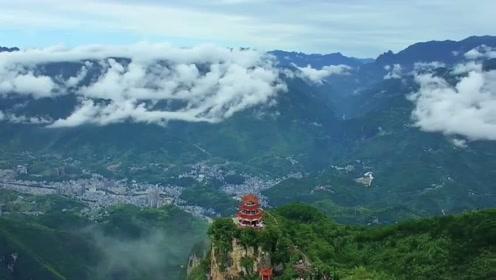 盐泉、漂流、烤鱼 游重庆巫溪 绿色发展带来旅游年收入285亿元