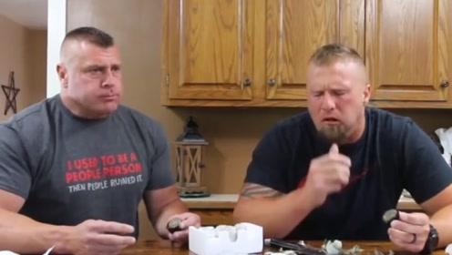 """美国人品尝中国""""果冻"""",才吃了两口表情惊呆了,这是怎么回事?"""