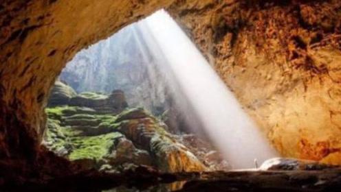 世界上最大的山洞,能装下全球72亿人,就在中国附近!