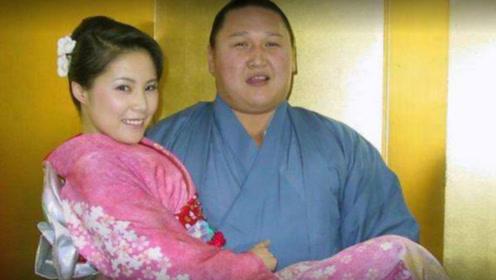 几百斤的相扑之王,娶90斤美娇妻家产千万,只因一点离开人世